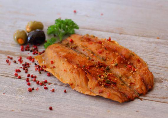 Makrela filet z przyprawami wędzona na gorąco